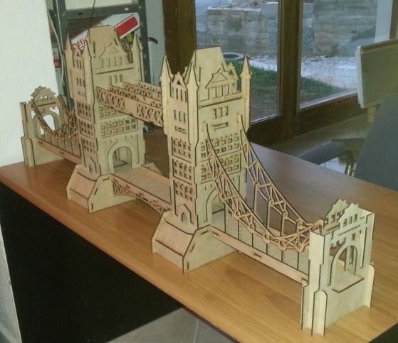 Tower Bridge London 3D (  crd,  dxf,  psd,  cpt,  jpg,  png